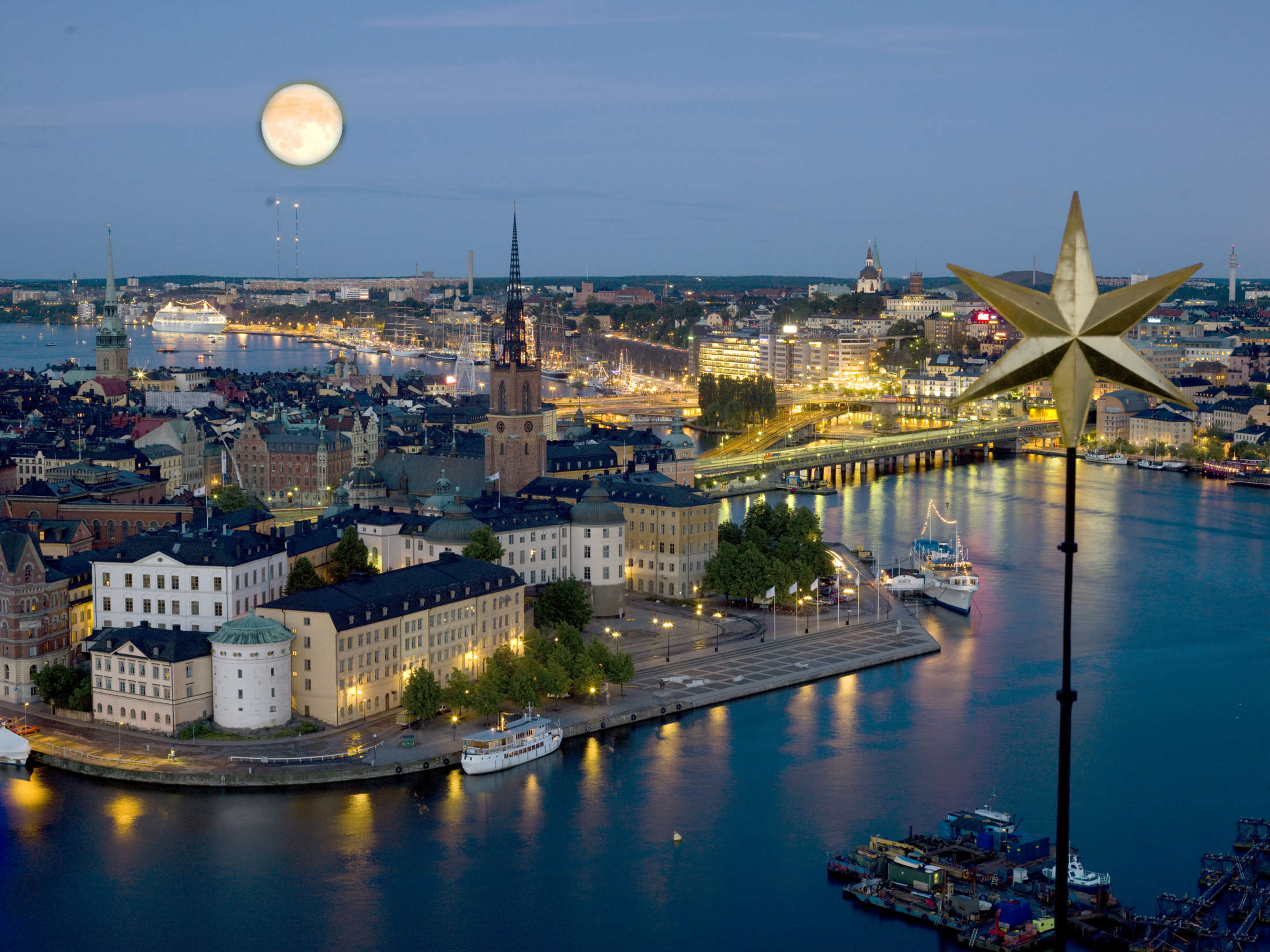 Night at  Riddarholmen:Why You Should De-Register That Work Permit