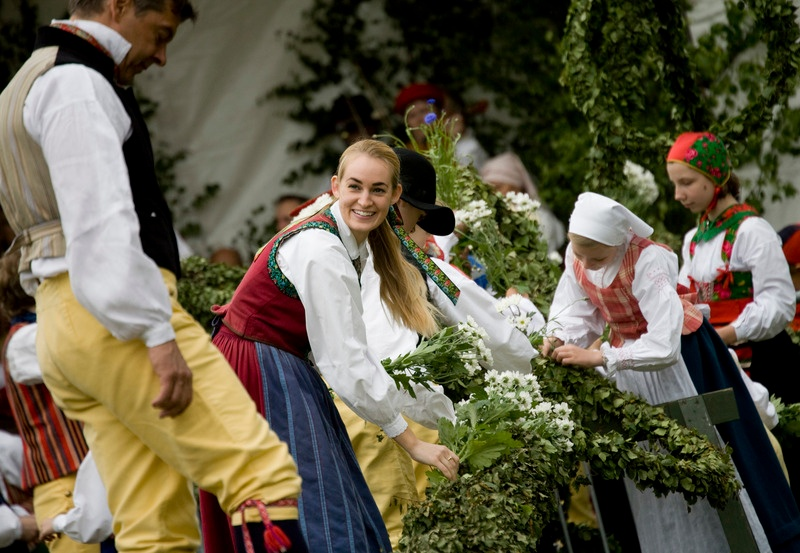 Midsummer_Celebration_Photo_Yanan_Li_What your expats should know about Midsummer in Sweden